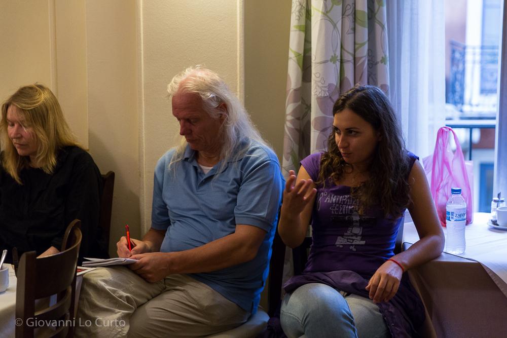 Foto: Giovanni Lo Curto Gespräch mit Christos und Georgia von Solidarity 4 All über Perspektiven der Solidaritätsbewegung nach dem 3. Memorandum und nach den Wahlen