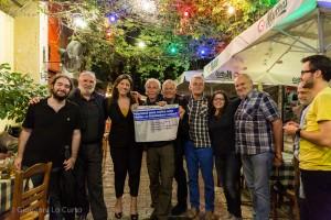 Zoe Konstantopoulou in Exarchia mit den Solidaritätsreisegruppe. Foto: Giovanni Lo Curto